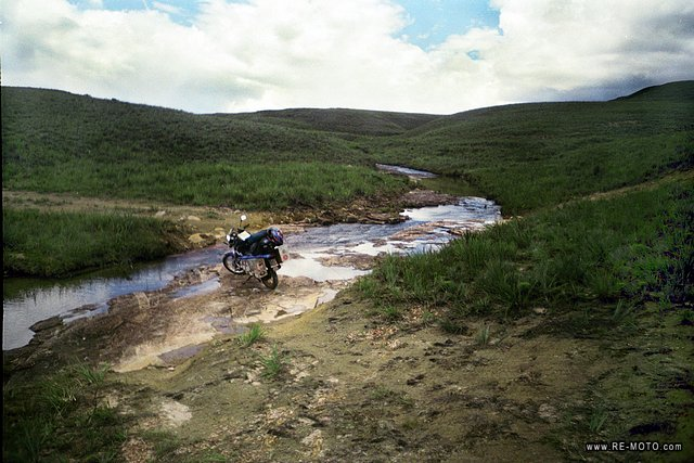 Crossing rivers - Gran Sabana