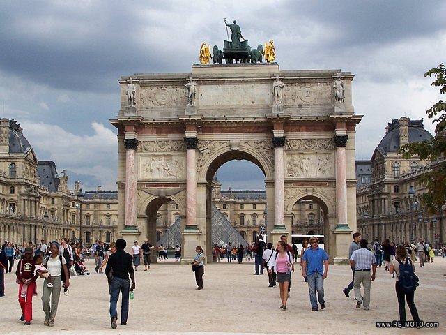 Arc de Triomphe of the Carrousel.