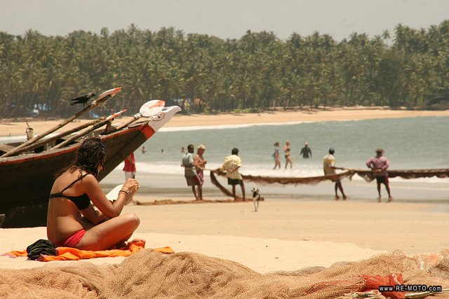 The first scenes of The Bourne Supremacy were filmed at Palolem beach.