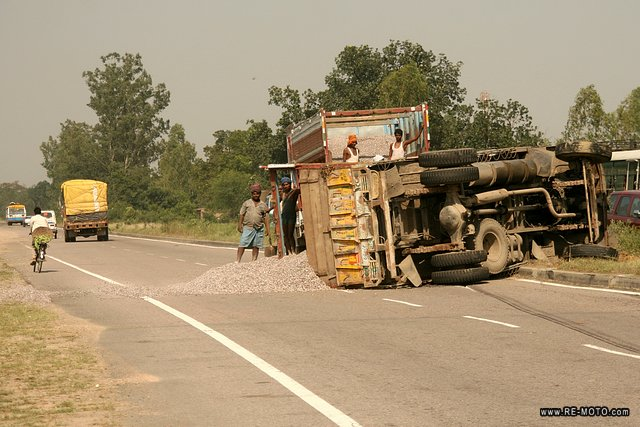 "It is frequent to see turned over trucks on the road. In India ""driving"" is a synonym for ""madness""."